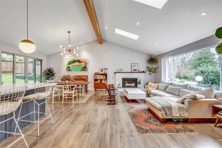 "Photo 3: 5132 DENNISON Drive in Delta: Tsawwassen Central House for sale in ""PEPPLE HILL"" (Tsawwassen)  : MLS®# R2556602"