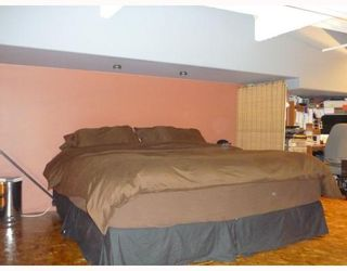 """Photo 8: 305 336 E 1ST Avenue in Vancouver: Mount Pleasant VE Condo for sale in """"ARTECH"""" (Vancouver East)  : MLS®# V749189"""