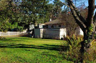 "Photo 2: 10013 132 Street in Surrey: Cedar Hills House for sale in ""CEDAR HILLS"" (North Surrey)  : MLS®# R2422513"