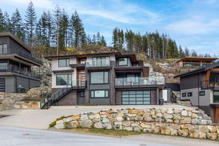 Photo 3: 38586 HIGH CREEK Drive in Squamish: Plateau House for sale : MLS®# R2541033