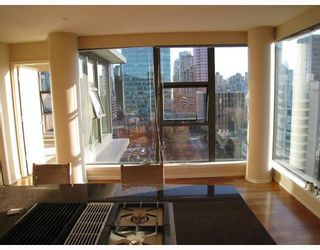 """Photo 9: 1601 1723 ALBERNI Street in VANCOUVER: West End VW Condo for sale in """"THE PARK"""" (Vancouver West)  : MLS®# V798802"""