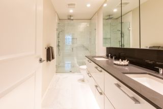 """Photo 8: 316 5687 GRAY Avenue in Vancouver: University VW Condo for sale in """"Eton"""" (Vancouver West)  : MLS®# R2428774"""