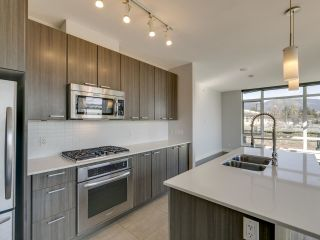 """Photo 5: 304 2789 SHAUGHNESSY Street in Port Coquitlam: Central Pt Coquitlam Condo for sale in """"THE SHAUGHNESSY"""" : MLS®# R2551854"""