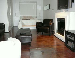 "Photo 1: 989 BEATTY Street in Vancouver: Downtown VW Condo for sale in ""NOVA"" (Vancouver West)  : MLS®# V629428"
