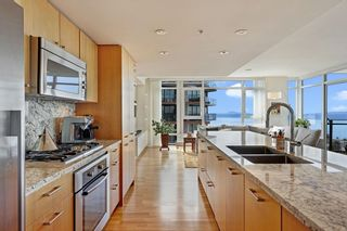 """Photo 11: 1607 1455 GEORGE Street: White Rock Condo for sale in """"Avra"""" (South Surrey White Rock)  : MLS®# R2614637"""