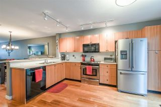 """Photo 6: 21 20771 DUNCAN Way in Langley: Langley City Townhouse for sale in """"WYNDHAM LANE"""" : MLS®# R2366373"""