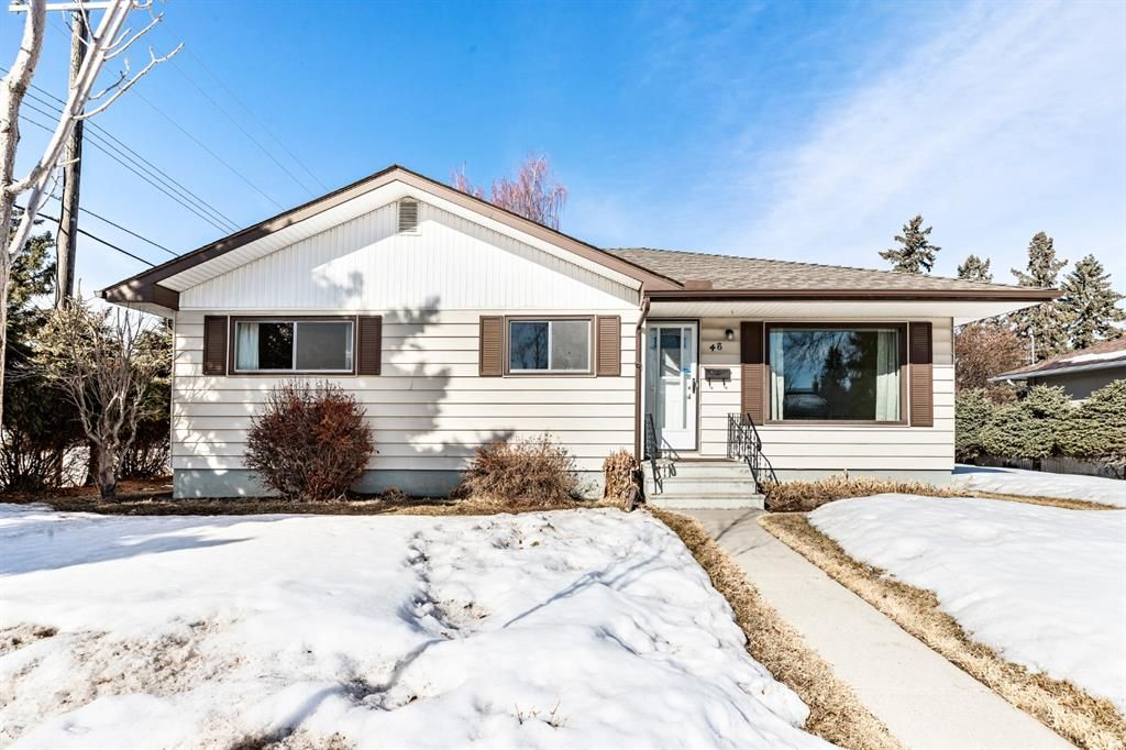Main Photo: 48 Grafton Drive SW in Calgary: Glamorgan Detached for sale : MLS®# A1077317