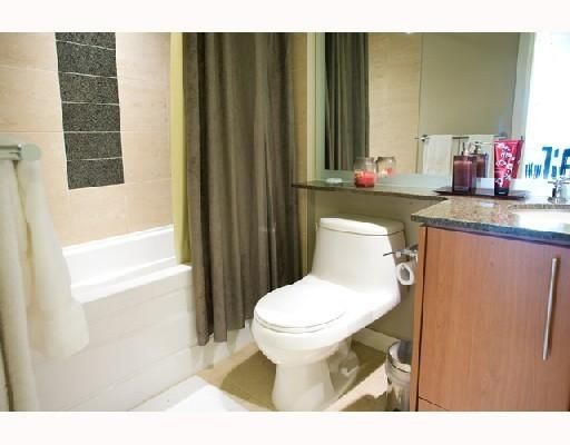 Photo 8: Photos: # 2506 550 PACIFIC ST in Vancouver: Condo for sale : MLS®# V736170