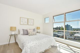 """Photo 13: 902 2288 W 40TH Avenue in Vancouver: Kerrisdale Condo for sale in """"Kerrisdale Parc"""" (Vancouver West)  : MLS®# R2363807"""