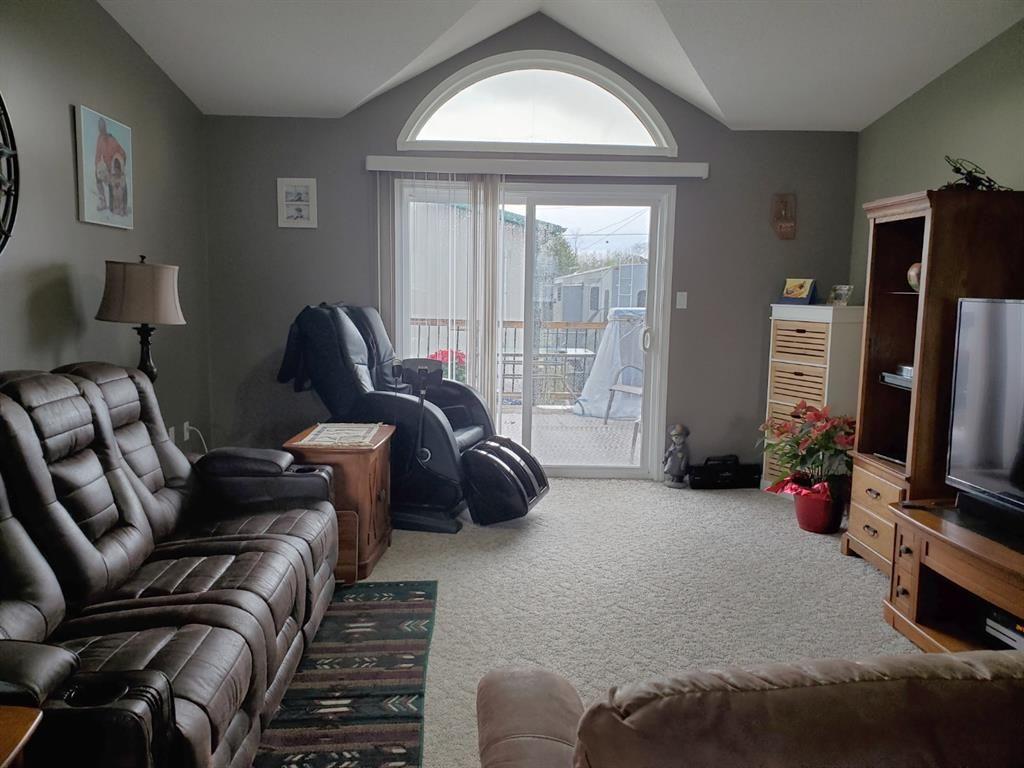 Photo 8: Photos: 2105 19 Avenue: Delburne Detached for sale : MLS®# A1107077