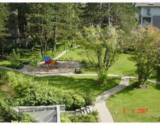 "Photo 10: 402 4759 VALLEY Drive in Vancouver: Quilchena Condo for sale in ""MARGUERITE HOUSE II"" (Vancouver West)  : MLS®# V661394"