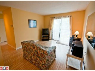 """Photo 4: 220 1442 BLACKWOOD Street: White Rock Condo for sale in """"Blackwood Manor"""" (South Surrey White Rock)  : MLS®# F1106343"""