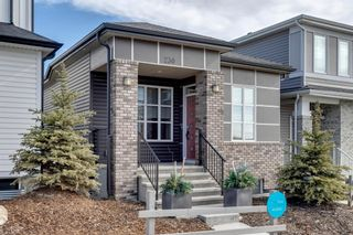 Photo 2: 230 Lucas Parade NW in Calgary: Livingston Detached for sale : MLS®# A1057760