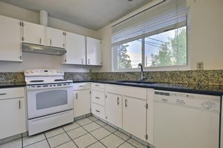 Photo 6: 835 Forest Place SE in Calgary: Forest Heights Detached for sale : MLS®# A1120545