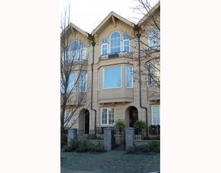 """Photo 1: 906 W 13TH Avenue in Vancouver: Fairview VW Townhouse for sale in """"THE BROWNSTONE"""" (Vancouver West)  : MLS®# V812417"""