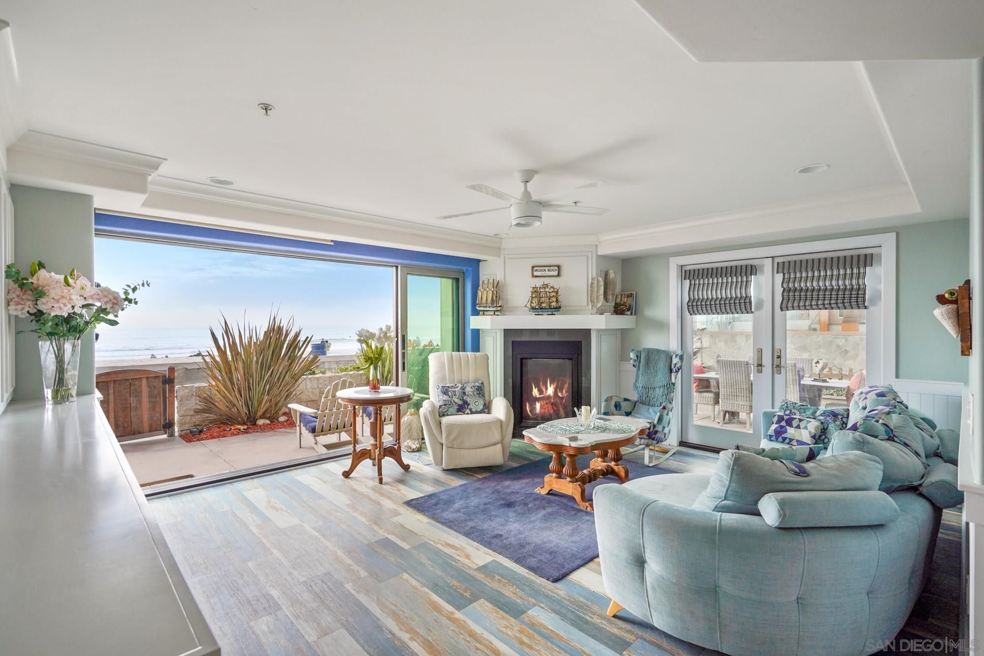 Main Photo: MISSION BEACH Condo for sale : 3 bedrooms : 3591 Ocean Front Walk in San Diego