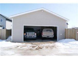 Photo 13: 207 Blakeney Crescent in Saskatoon: Confederation Park Single Family Dwelling for sale (Saskatoon Area 05)  : MLS®# 394730