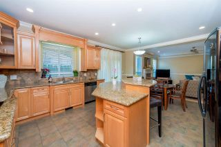 Photo 4: 2279 148A in S. Surrey: House for sale : MLS®# R2249738