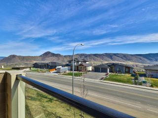 Photo 2: 127 1993 QU'APPELLE Boulevard in Kamloops: Juniper Heights Half Duplex for sale : MLS®# 161717