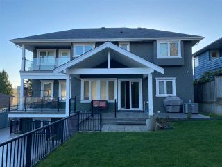 """Photo 3: 1650 ELLESMERE Avenue in Burnaby: Parkcrest House for sale in """"PARKCREST"""" (Burnaby North)  : MLS®# R2566312"""