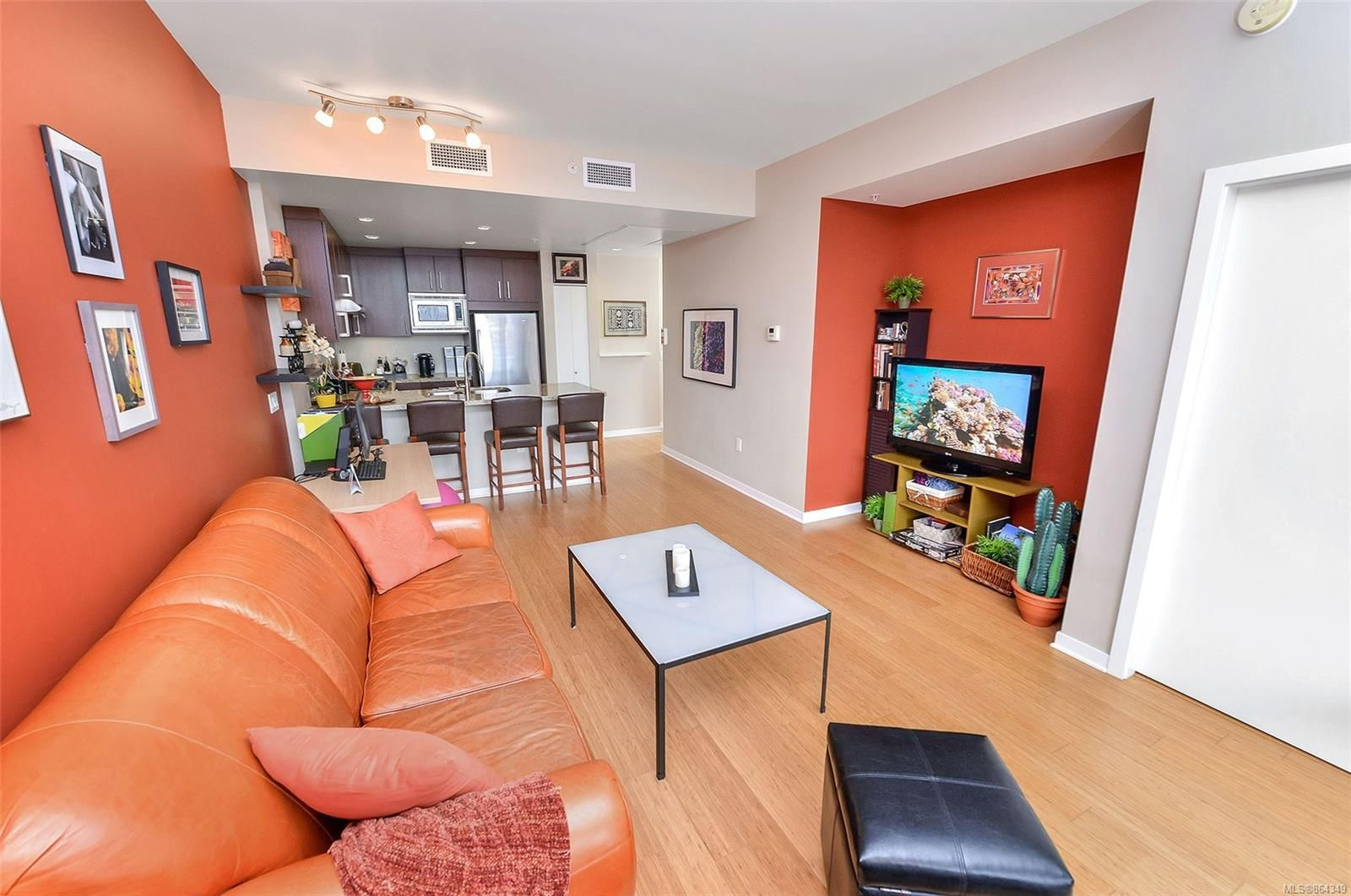 Main Photo: 207 373 Tyee Rd in : VW Victoria West Condo for sale (Victoria West)  : MLS®# 864349