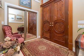 Photo 7: 5064 Lochside Dr in : SE Cordova Bay House for sale (Saanich East)  : MLS®# 873682