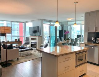 """Photo 4: 1701 1189 MELVILLE Street in Vancouver: Coal Harbour Condo for sale in """"THE MELVILLE"""" (Vancouver West)  : MLS®# R2617274"""