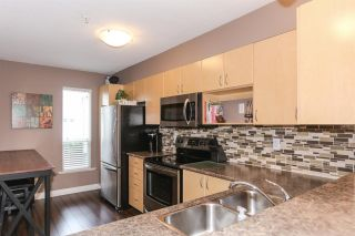 "Photo 8: 25 6513 200 Street in Langley: Willoughby Heights Townhouse for sale in ""LOGAN CREEK"" : MLS®# R2397754"