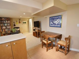 Photo 10: 2812 ADANAC Street in Vancouver: Renfrew VE House for sale (Vancouver East)  : MLS®# R2173673