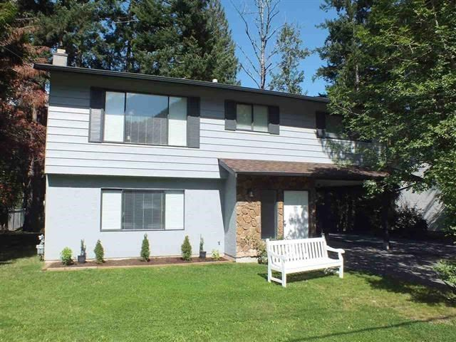 Main Photo: 63787 BEECH Avenue in Hope: Hope Silver Creek House for sale : MLS®# R2453127