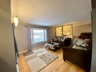 """Photo 4: 4401 5TH Avenue in Prince George: Foothills House for sale in """"FOOTHILLS"""" (PG City West (Zone 71))  : MLS®# R2425323"""