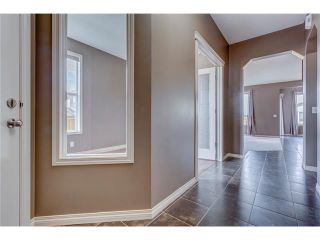 Photo 2: 172 EVERWOODS Green SW in Calgary: Evergreen House for sale : MLS®# C4073885