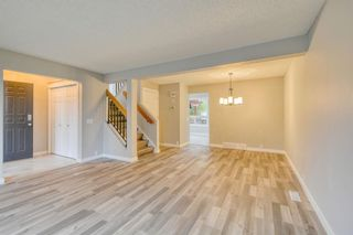 Photo 12: 215 Strathearn Crescent SW in Calgary: Strathcona Park Detached for sale : MLS®# A1146284