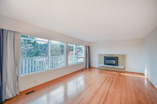 Photo 3: 5050 RANGER AVENUE in North Vancouver: Canyon Heights NV House for sale : MLS®# R2157779