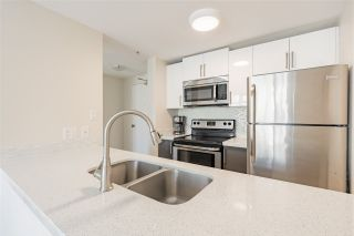 "Photo 8: 1003 438 SEYMOUR Street in Vancouver: Downtown VW Condo for sale in ""Conference Plaza"" (Vancouver West)  : MLS®# R2561448"