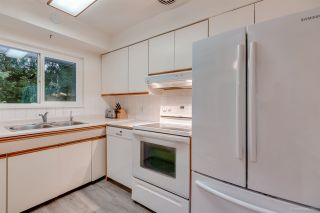 """Photo 13: 1381 CHINE Crescent in Coquitlam: Harbour Chines House for sale in """"Harbour Chines"""" : MLS®# R2262482"""