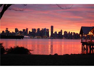 """Photo 2: 4103 33 CHESTERFIELD Place in North Vancouver: Lower Lonsdale Townhouse for sale in """"HARBOURVIEW PARK"""" : MLS®# V864886"""