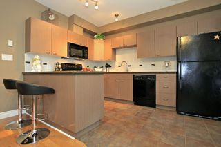 """Photo 6: 56 18701 66TH Avenue in Surrey: Cloverdale BC Townhouse for sale in """"ENCORE AT HILLCREST"""" (Cloverdale)  : MLS®# F1225659"""