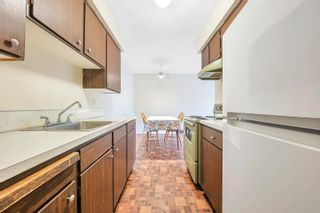 """Photo 3: 306 1345 CHESTERFIELD Avenue in North Vancouver: Central Lonsdale Condo for sale in """"CHESTERFIELD MANOR"""" : MLS®# R2622121"""