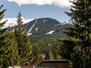 """Photo 12: 21 6125 EAGLE Drive in Whistler: Whistler Cay Heights Townhouse for sale in """"Smoketree"""" : MLS®# R2597965"""