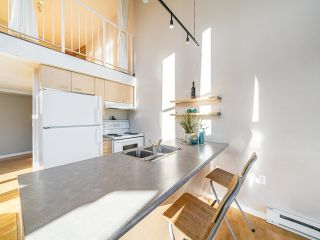 """Photo 12: 503 1 E CORDOVA Street in Vancouver: Downtown VE Condo for sale in """"CARRALL STATION"""" (Vancouver East)  : MLS®# R2583690"""