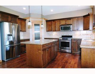 """Photo 2: 68 24185 106B Avenue in Maple Ridge: Albion 1/2 Duplex for sale in """"TRAILS EDGE"""" : MLS®# V796425"""
