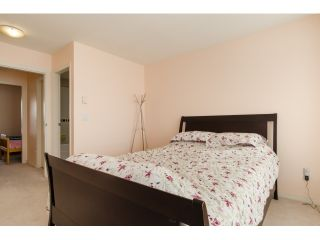 """Photo 10: 6711 PRENTER Street in Burnaby: Highgate Townhouse for sale in """"ROCK HILL"""" (Burnaby South)  : MLS®# R2010743"""