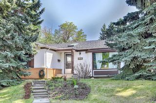 Main Photo: 5323 Vicary Place NW in Calgary: Varsity Detached for sale : MLS®# A1130990