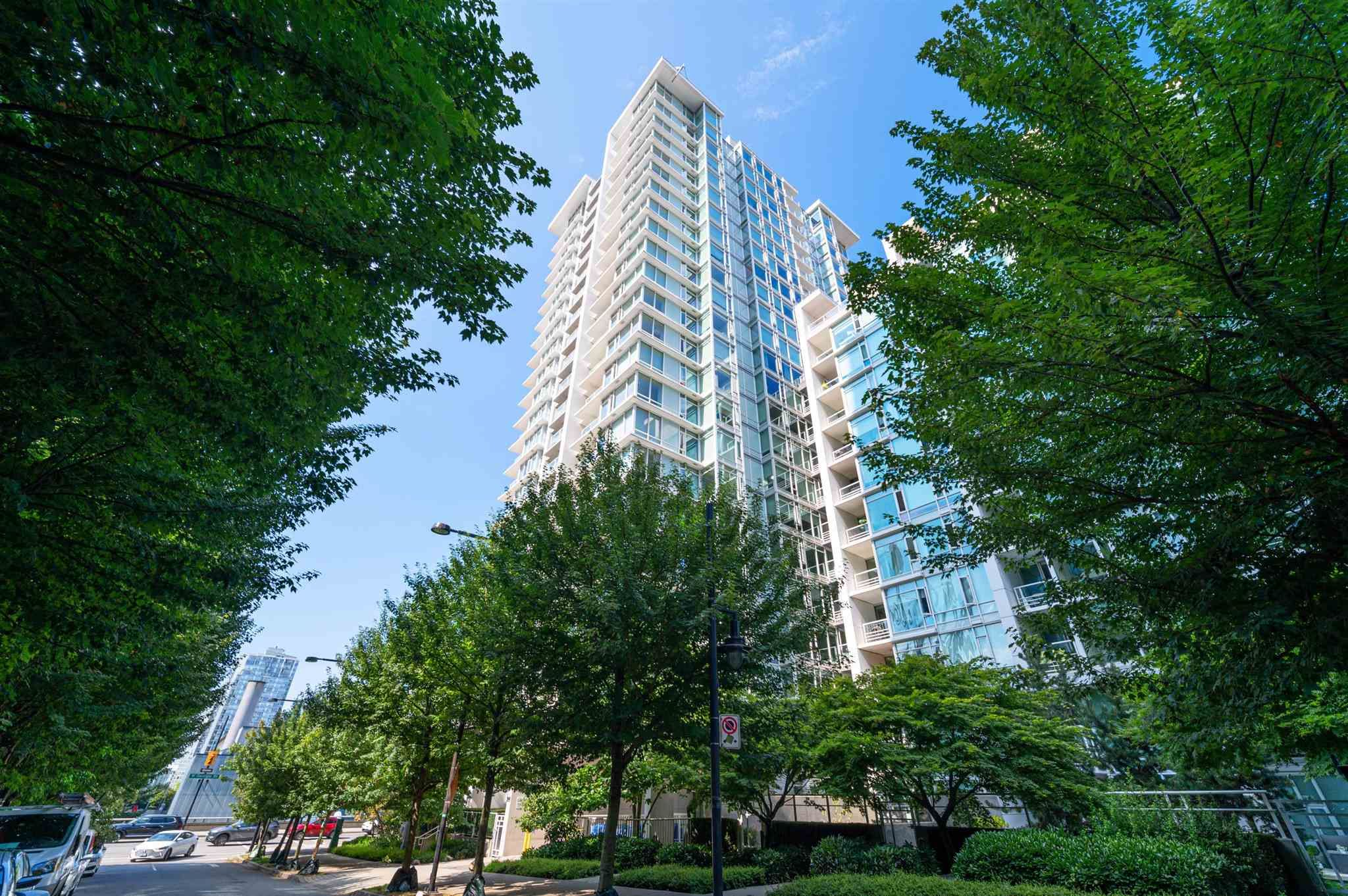 Main Photo: 509 161 W GEORGIA Street in Vancouver: Downtown VW Condo for sale (Vancouver West)  : MLS®# R2606857