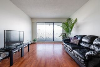 "Photo 2: 312 2450 CORNWALL Avenue in Vancouver: Kitsilano Condo for sale in ""THE OCEAN'S DOOR"" (Vancouver West)  : MLS®# R2558067"