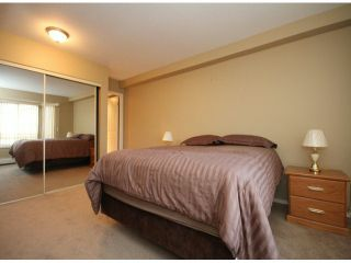 "Photo 10: 107 33401 MAYFAIR Avenue in Abbotsford: Central Abbotsford Condo for sale in ""MAYFAIR GARDENS"" : MLS®# F1402599"