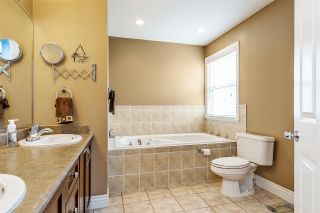 Photo 10: 10321 244 STREET in Maple Ridge: Albion House for sale : MLS®# R2353333
