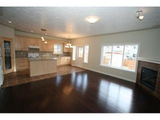 Photo 5: 300 SADDLEMEAD Close NE in CALGARY: Saddleridge Residential Detached Single Family for sale (Calgary)  : MLS®# C3500117