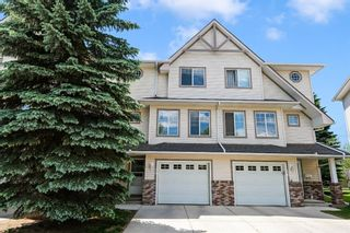 Main Photo: 18 Country Hills Cove NW in Calgary: Country Hills Row/Townhouse for sale : MLS®# A1122311
